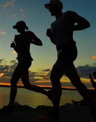 ironman australia run sunset